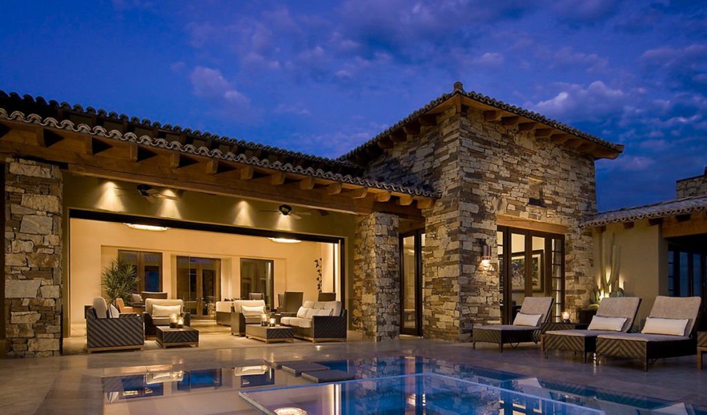 Desert Mountain Modern Spanish